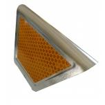Metal barrier reflector